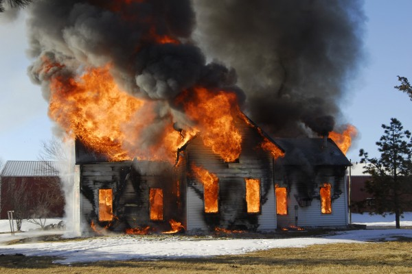 požar u kući